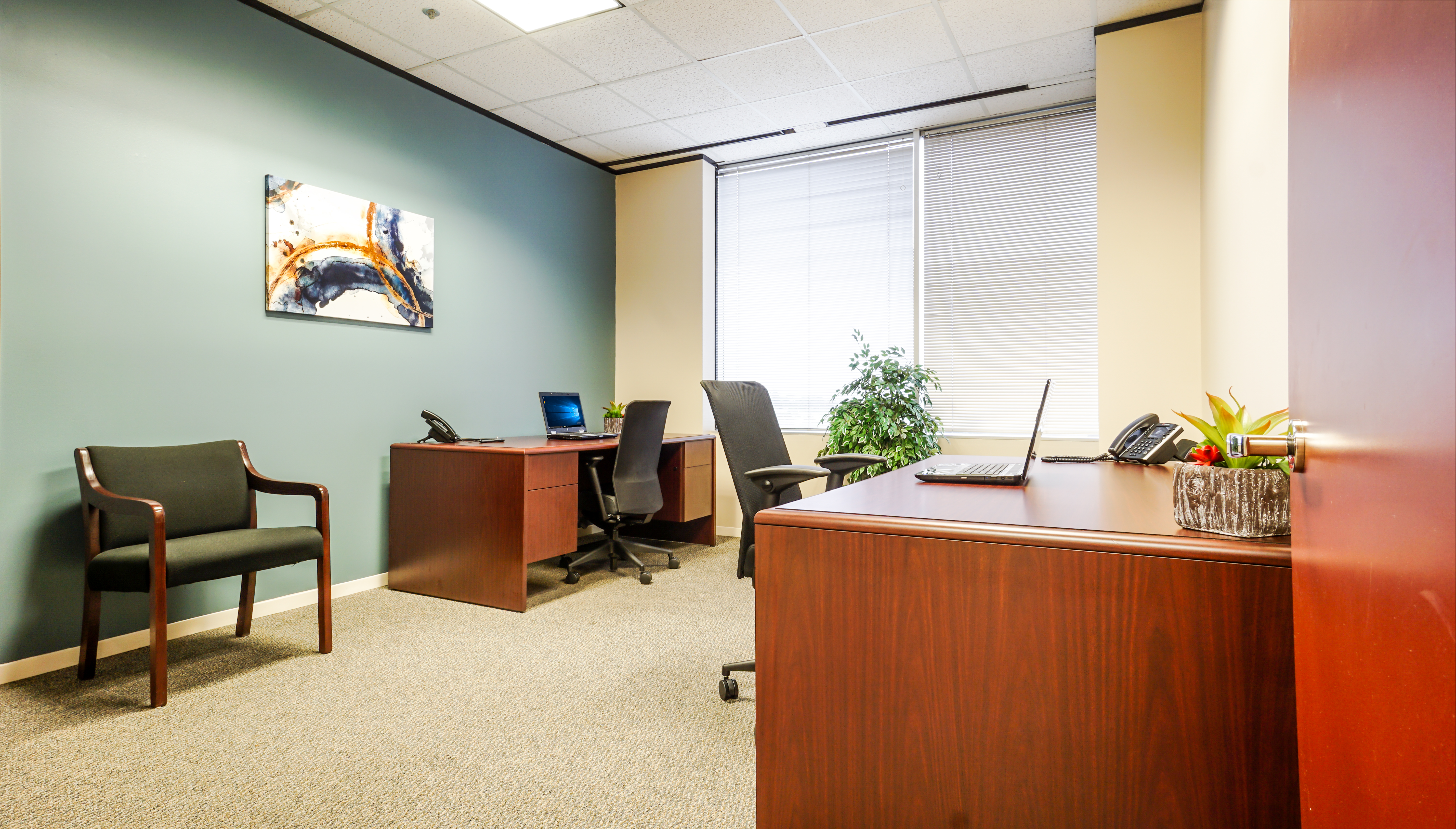 Shared Office North Houston Executive Suites